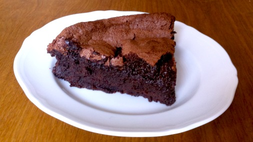I adore this Chocolate Brownie Meringue Cake recipe from Chocolat! It is yours below.
