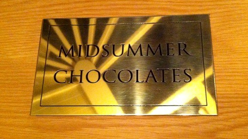 Midsummer chocolates box1.jpg