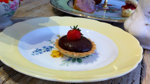 Tart with chocolate creme patissiere.
