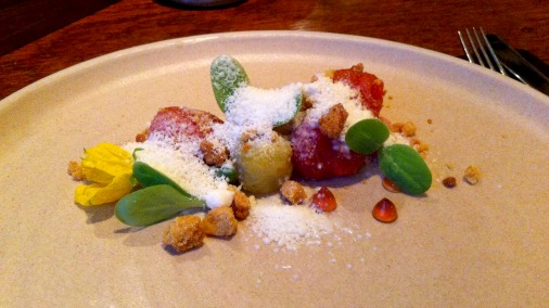 Preserved tomatoes, currant blossom, shallot and Westcombe snow.