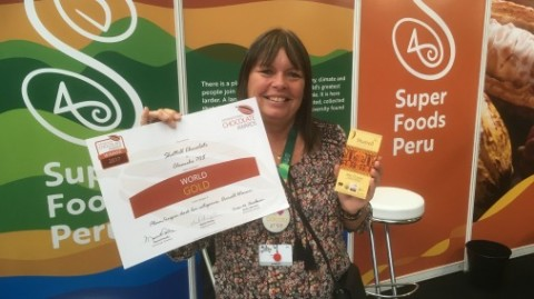 Shattell with their best in show certificate